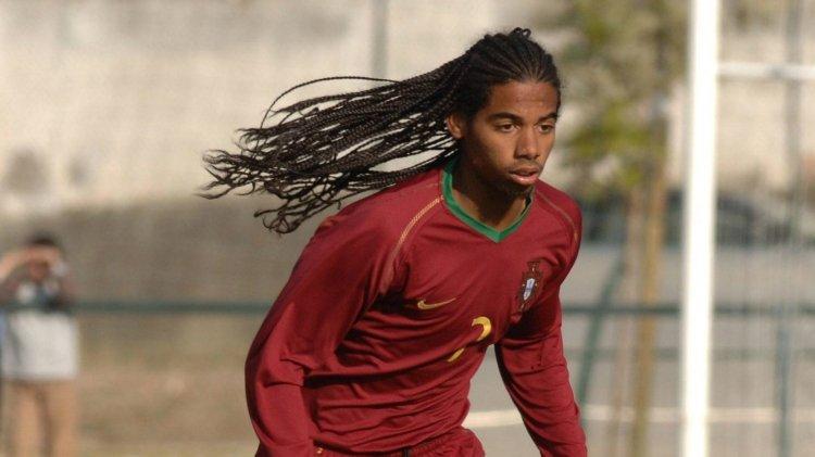 Португалец, которому пророчили более яркое футбольное будущее, чем у Роналду